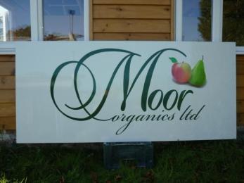 moor_organics_0